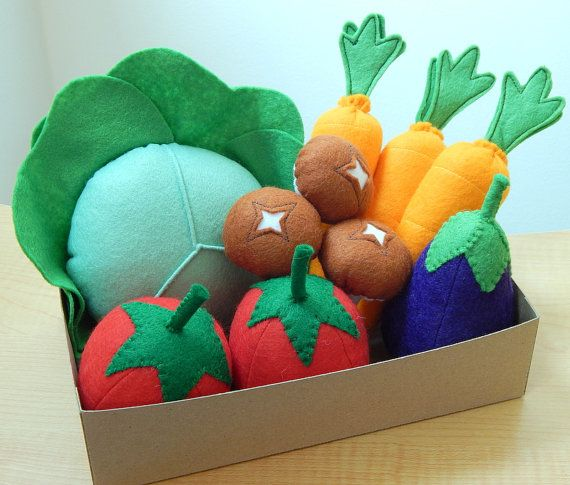 Pretend Play Felt Food Garden Vegetable Box par mummymadeitme
