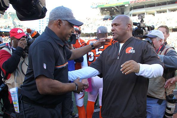 Browns vs. Bengals:     October 23, 2016  -  31-17, Bengals  -       Head Coach Marvin Lewis of the Cincinnati Bengals and Head Coach Hue Jackson of the Cleveland Browns shake hands after the completion of the game at Paul Brown Stadium on October 23, 2016 in Cincinnati, Ohio. Cincinnati defeated Cleveland 31-17. (Photo by John Grieshop/Getty Images)
