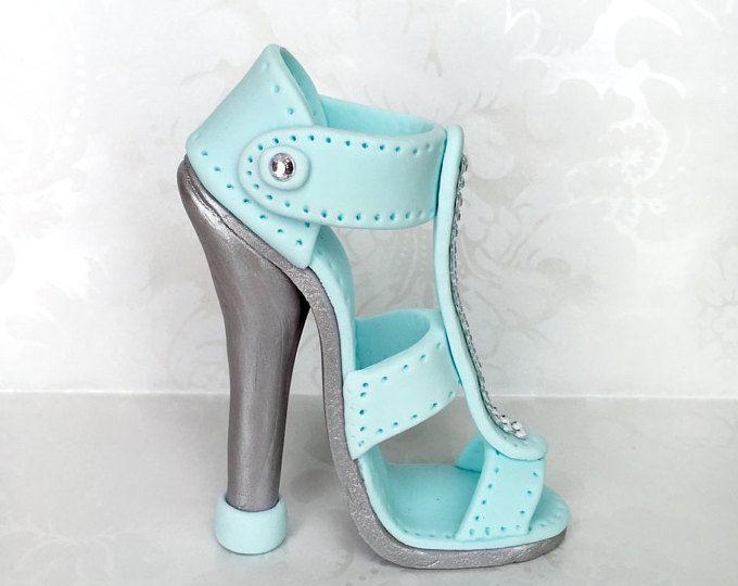 Azul y plata fondant tacón pastel topper alto talón de la torta/hecho a mano zapatos Topper/Fondant Cake Topper/custom diseño topper