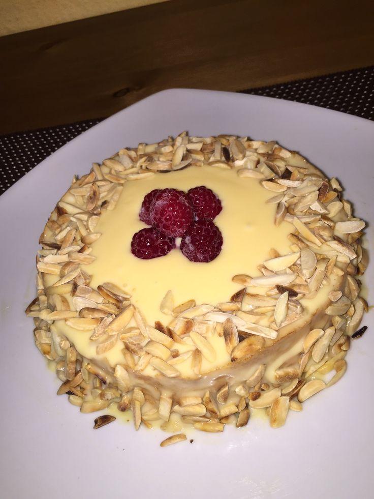 Wer sagt das Kuchen oder Torten dick machen?! Jedenfalls ist es nicht wahr. Ich stelle euch Heute ein leckeres Rezept vor, egal wer davon probieren wird, wird kaum den Unterschied merken/schmecken....