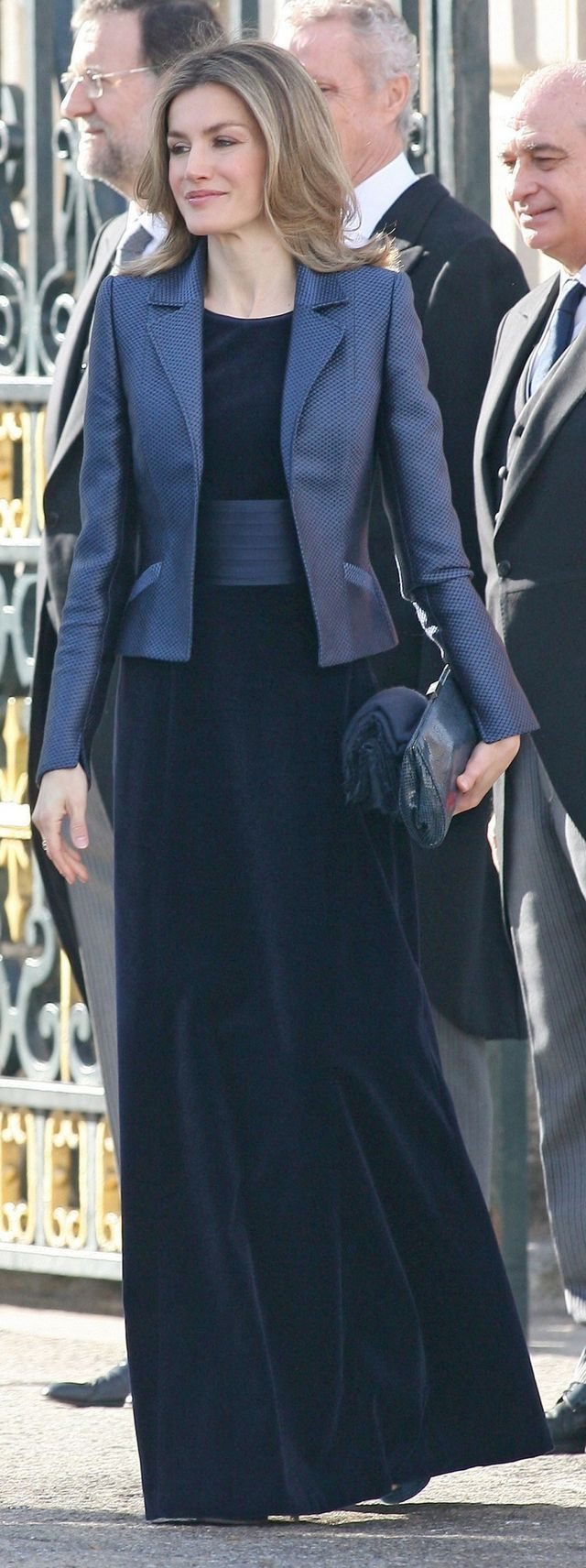 Royal blue velvet dress Letizia