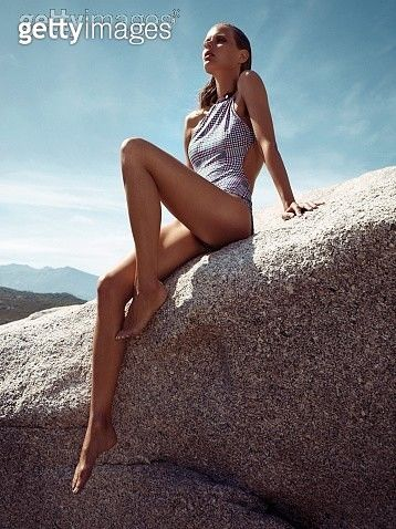 Contour Style- Change Those Legs!, Madame Figaro, July 13, 2012 - gettyimageskorea