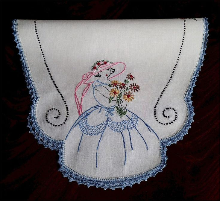 Lovely Vintage Hand Embroidered Southern Belle Centerpiece Doilie or Runner Lace