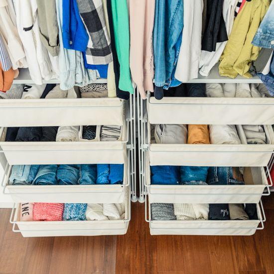 【衣替えのコツ】第3話:オフシーズンの引き出しは「立てて」収納で、管理しきれるクローゼットに。