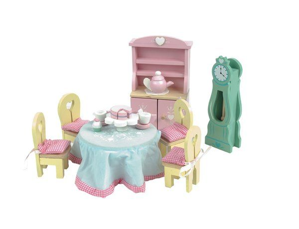 The Daisylane Dining Room set is a new release from the Le Toy Van Daisylane Deluxe range of dolls house furniture which is suitable for all 1/12 scale dolls houses. This furniture set comes ready built and ready painted and includes the furniture as illustrated.
