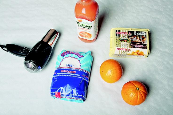 Для меренг нам понадобились яйца, сахар и фен, а для цитрусового соуса - апельсины и грейпфрутовый сок.