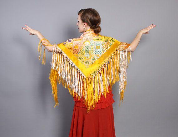 40s WWII golden silk Taj Mahal souvenir piano shawl