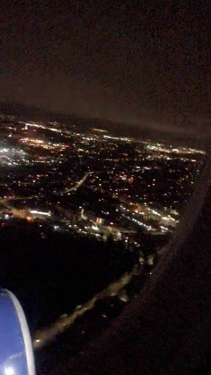Night Flights Seattle Flights Night In 2020 Night Flight Night Aesthetic Airplane View