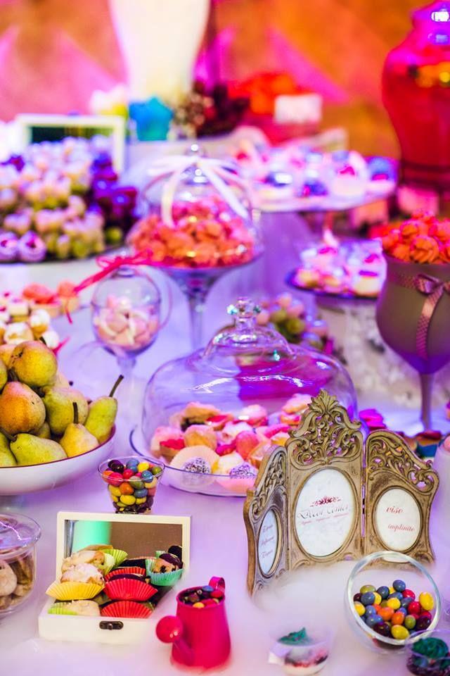 Hmm...ce de dulciuri! Toate acestea pot face parte din candy bar-ul tău, ce zici?  #candybar #sweets
