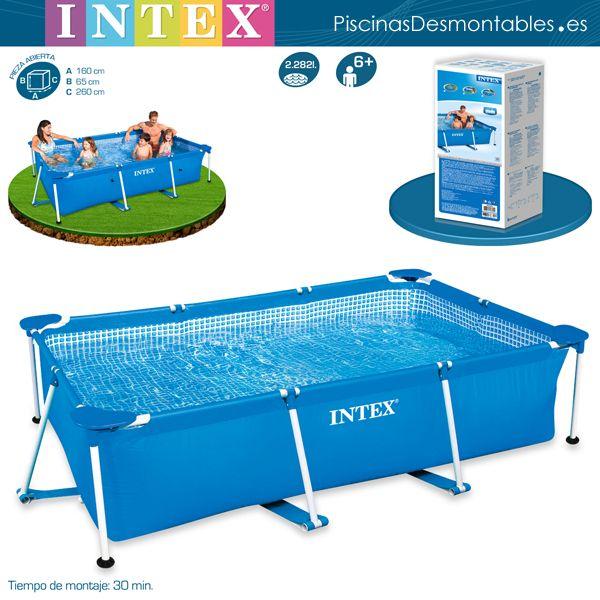 Piscina INTEX Rectangular de la serie METAL FRAME. Su estructura está formada por unos tubos metálicos y un liner de PVC. Los tubos de sujeción están unidos por debajo de la piscina con unas cintas súper resistentes. El interior del liner está decorado con imitación a gresite. Incluye filtro de cartucho. Disponible en 5 formatos: piscina infantil de 122x122x30cm, 220x150x60cm, 260x160x65cm, 300x200x75cm y 450x220x84cm.