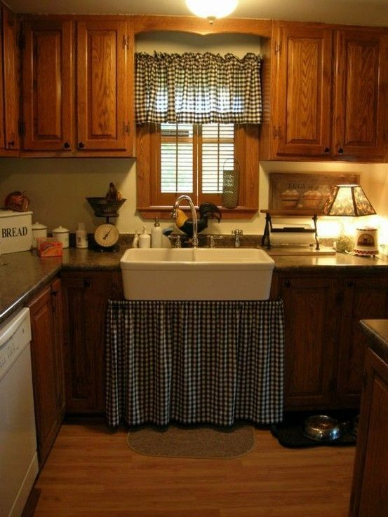 17 best images about primitive kitchens on pinterest for Country kitchen designs layouts