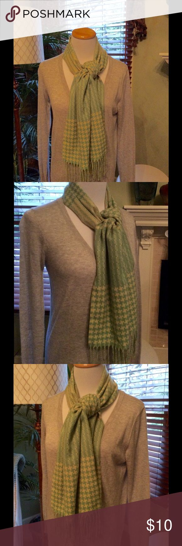 Houndstooth Scarf Updated twist on a classic deign. Bright yellow-green and yellow houndstooth scarf. 100% acrylic. Very soft. EUC ,worn once,like new Accessories Scarves & Wraps
