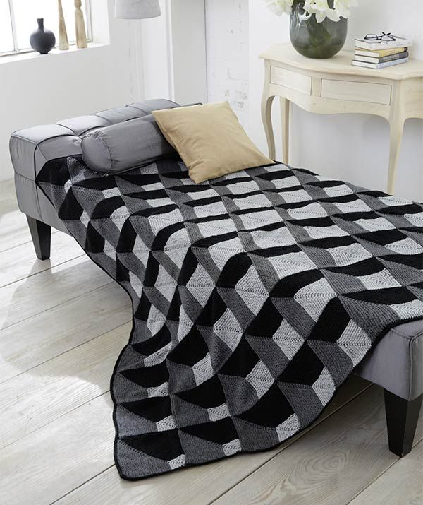 Op-Art Blanket - Free Knitted Pattern - (us.schachenmayr)