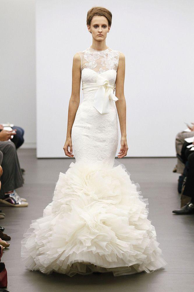 VERA WANG \ Herbst Brautkleider: Unsere Auswahl für die besten Herbst Kleider (Fotos)   – + WEDDING –  i heart non-traditional wedding dresses