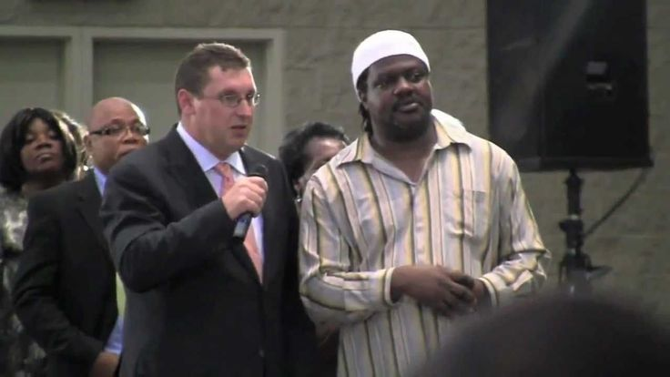 "Secret Footage of ""Faith Healer"" Peter Popoff in Toronto May 2011"