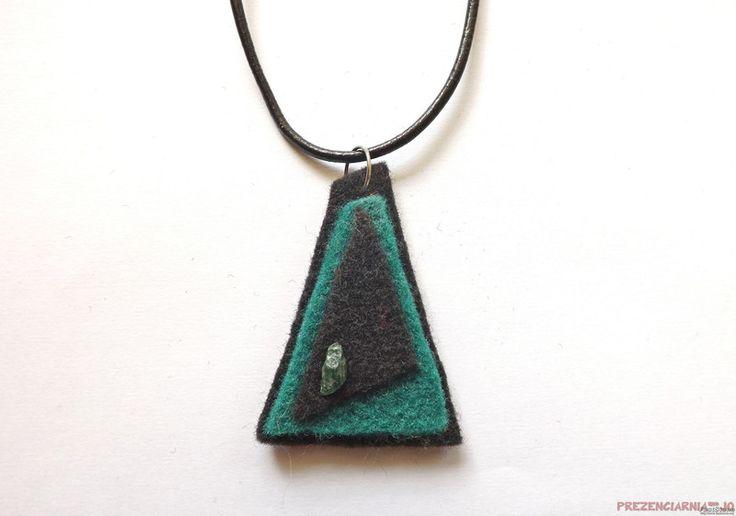 Bisutería de fieltro - Colgante con fieltro y ágatas, negro - verde, 3 - hecho a mano por prezenciarnia-jo en DaWanda