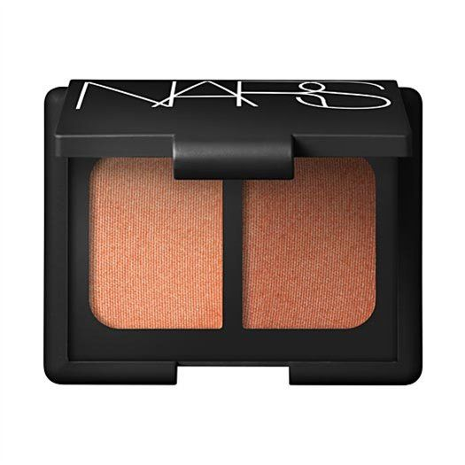 Nars Duo Eyeshadow in Isolde ♣ Frosted Ginger/Shimmering Copper ♣ My first experience with nars eyeshadow hooked me. This duo is still my favourite eyeshadow of any kind. The pan does no justice to how gorgeously pigmented these colors are. They really make blue eyes pop. Probably would not work for cool skin tones.