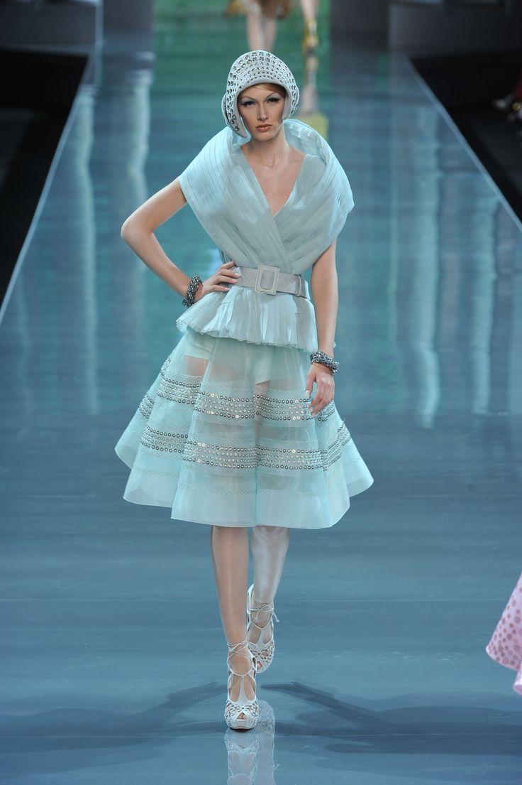 49 besten Dior Bilder auf Pinterest | John galliano, Dior haute ...