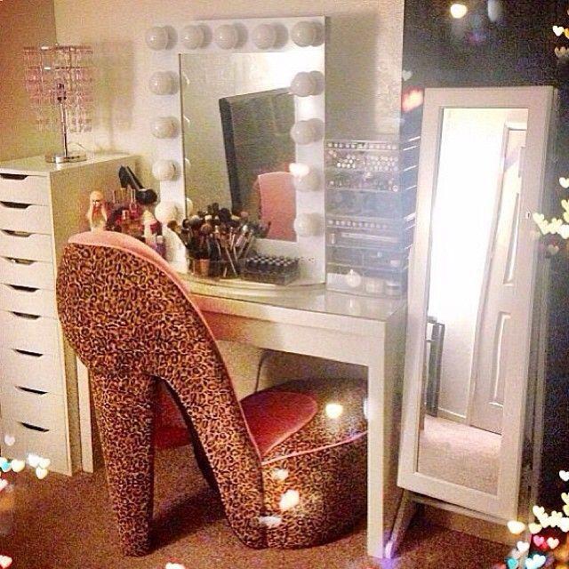Best 25+ Makeup beauty room ideas on Pinterest | Beauty vanity ...