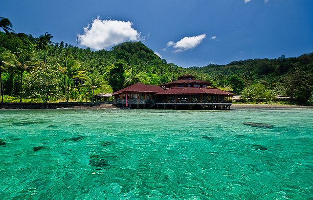 Kungkungan Bay Resort Lembeh Strait. Right in the middle of The Coral Triangle in Indonesia lies Sulawesi, the 11th largest island in the world.