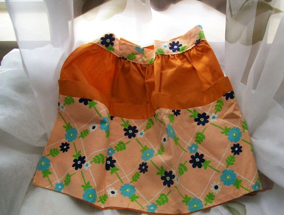 Retro apron  half apron  women's apron  baking by NewtoUVintage