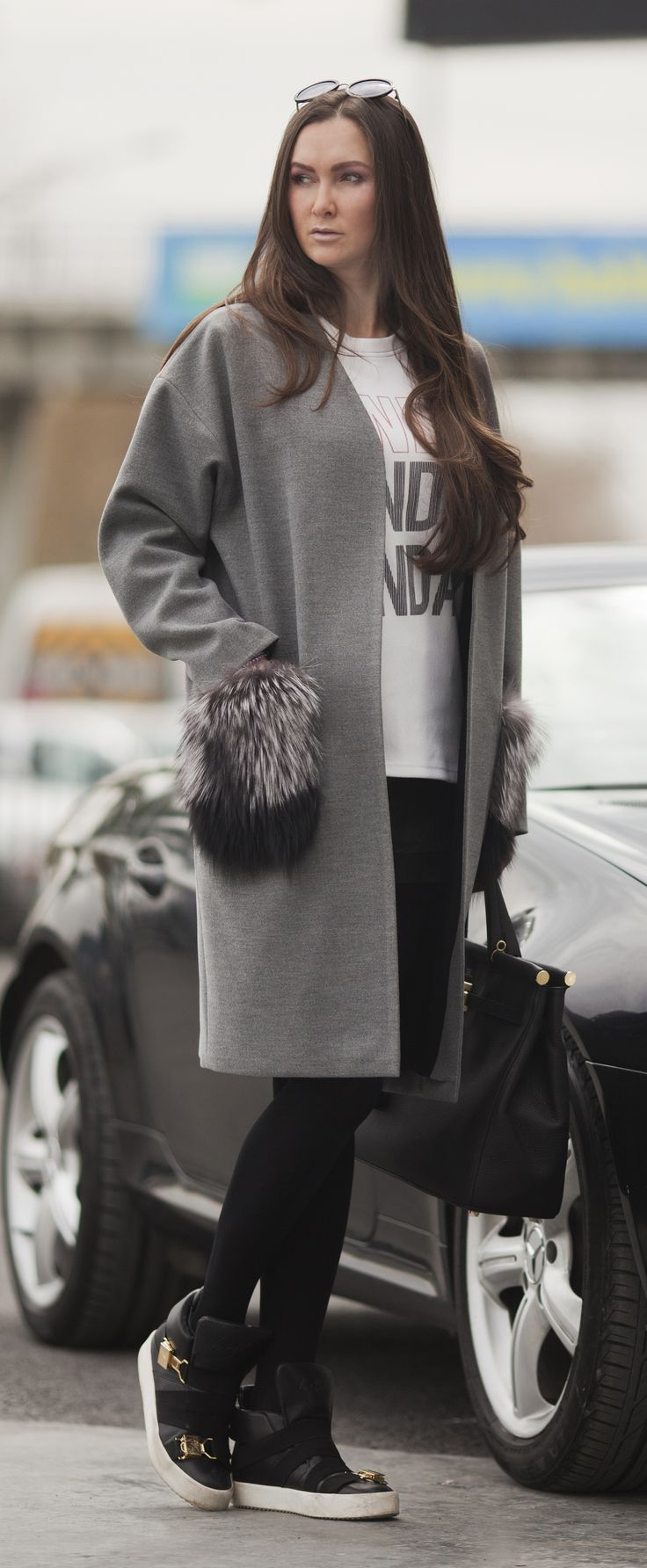 Cashmere grey coat with removable fur pockets by ADAMOFUR #style #look #fur #furcoat #coat #fashionista #ootd #grey
