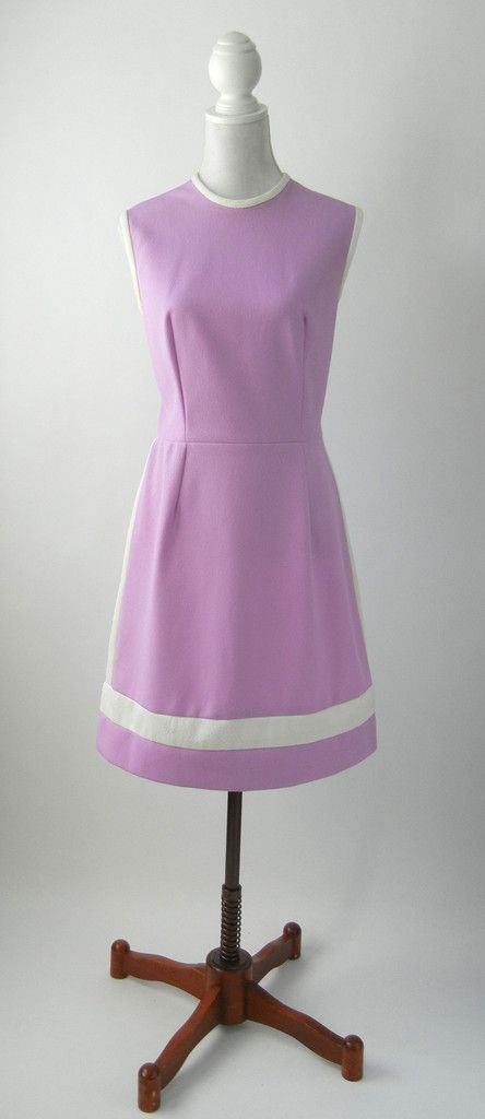 Vintage 1960s Purple & White Mod Dress, Large
