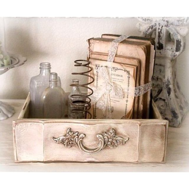 Repurposed/vintage/junk~LOVE IT!