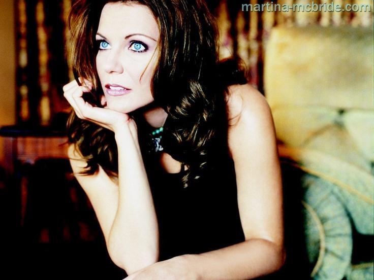 Country Music Stars Wallpaper: 87 Best Martina McBride Images On Pinterest
