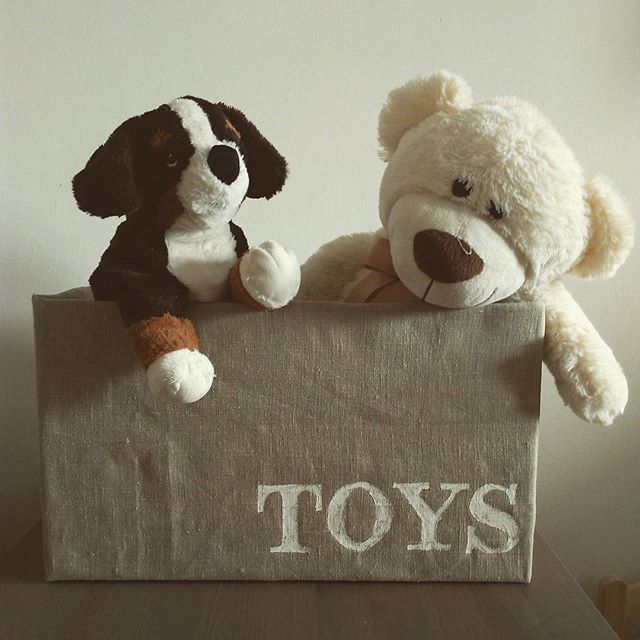 From Pampers Box to toys storage ;) #beforeandafter #upcycle #storage #toys #kids