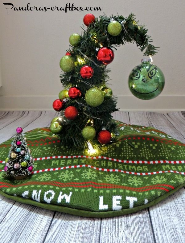 Christmas Decor Grinch : Best ideas about grinch christmas tree on
