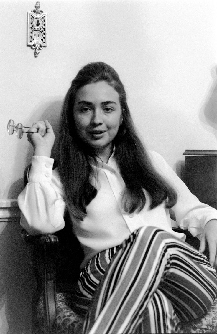 Hillary Diane Rodham (now Clinton) at Wellesley College, Wellesley ...