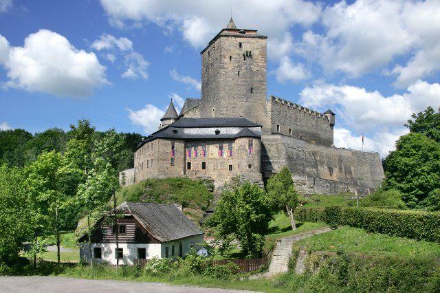 Gotický hrad Kost a chráněnná krajinná oblast, Český Ráj, Česká republika