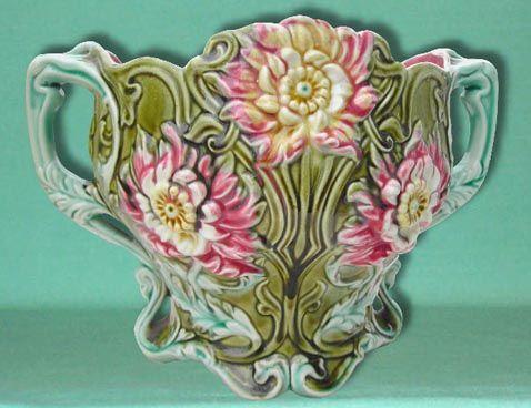 Cache-pot, jardinières et vases en barbotine d'Onnaing