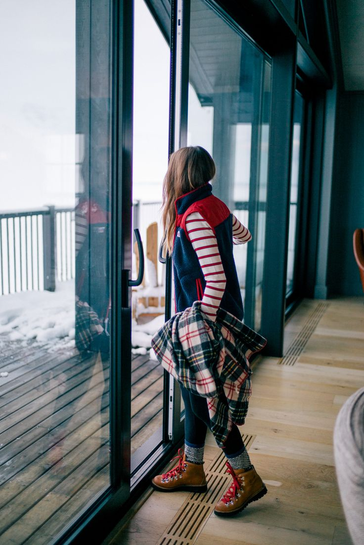 Gal Meets Glam Iceland Itinerary Part 3 - Abercrombie shirt, leggings, J.Crew socks, Danner boots & Plaid blanket