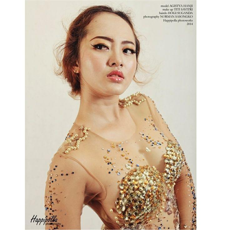 The Golden Princess | Agistya Hanji | mua by Titi Savitri | wardrobe by Value of Andy Sugix