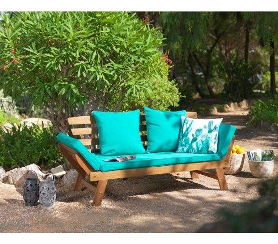 Verwandeln Sie Ihre Terrasse in Ihr ganz persönliches Erholungsparadies! Mit dieser Gartenbank aus Akazienholz und Kissen in Türkis holen Sie sich das Strandfeeling direkt nach Hause! Bei einer Größe von ca. 192x68x75cm (B x H x T) bietet die Bank großzügigen und gemütlichen Platz für Ihr erfrischendes Mittagsschläfchen im Freien. Dank verstellbarer Seitenteile können Sie die Bank perfekt an Ihre Bedürfnisse anpassen und so garantiert entspannt durch den Sommer