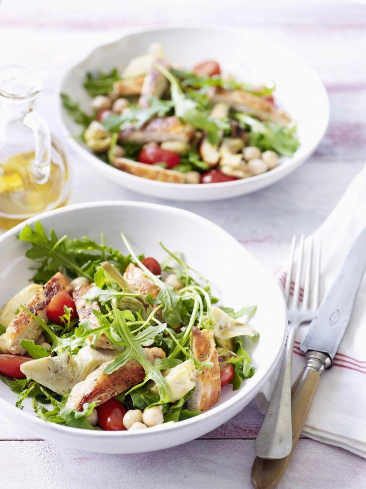 salade met kip, kikkererwten en artisjok