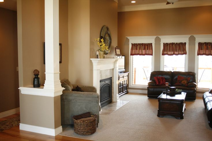 Interior paint interior paint colors that help sell your for Best interior colors to sell house