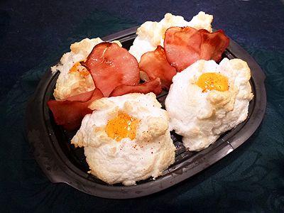 Découvrez la recette Oeufs au bacon sur la plancha Ultra Pro en images ! J'ai testé pour vous, Oeufs omelettes tortillas, Tupperware et plus encore... Aimer cuisiner, sans être un grand chef avec des recettes faciles, originales et authentiques. A déguster et partager !