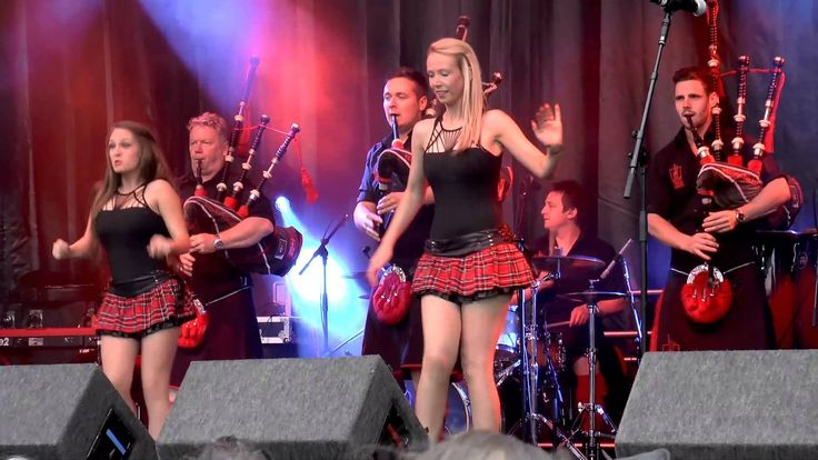 Red Hot Chilli Pipers, Girls Scottish Dancing at 2014 Shrewsbury Flower ...