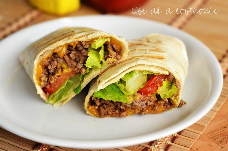 I made these a while ago, but forgot about them until I was scrolling through my camera the other day. I'm sad I didn't post the recipe sooner because they are SO good! They're a fun change-up to the every day cheeseburger, and a little healthier, too!   These yummy wraps are filled with lean …