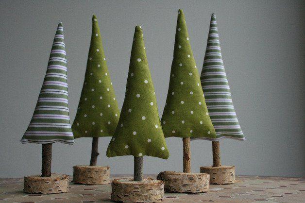 die besten 25 tannenbaum ideen auf pinterest tannenb ume falten servietten falten tannenbaum. Black Bedroom Furniture Sets. Home Design Ideas