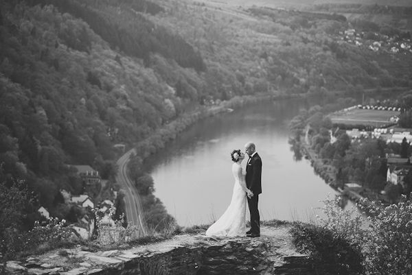 Intimate wedding moment with a jaw dropping background... love this! Photo by:Nordica Photography