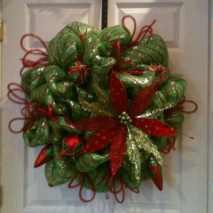 481 best Christmas wreaths images on Pinterest Christmas ornaments - christmas wreath decorations