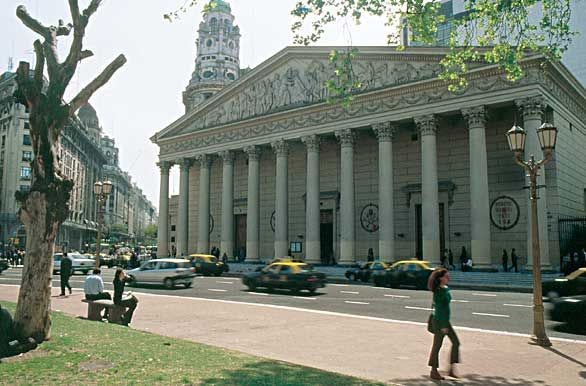 Catedral en Plaza de Mayo  Buenos Aires  Argentina