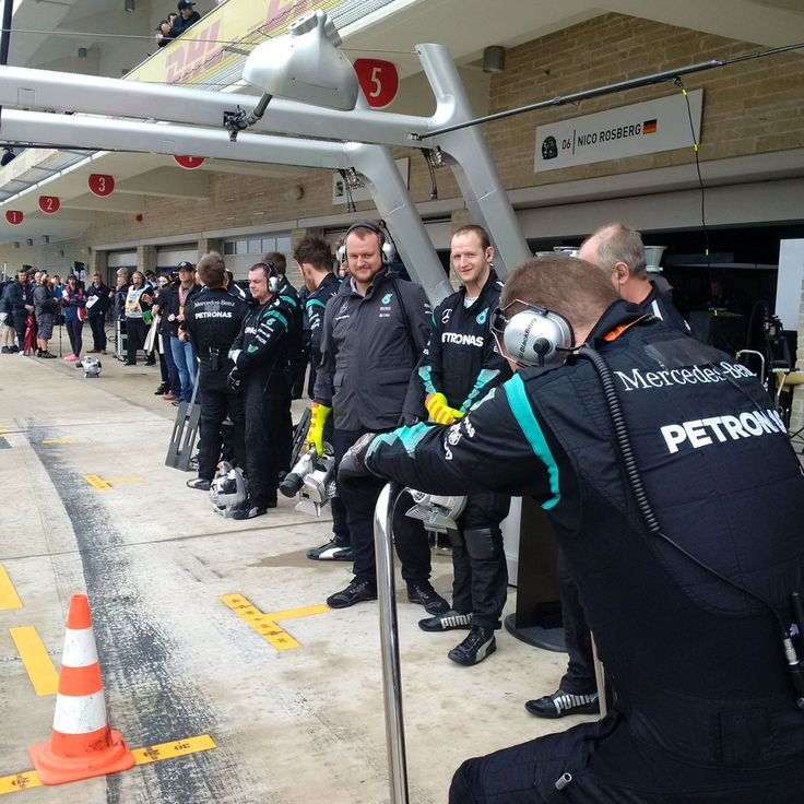 Ready to rock n' roll boys and girls? #F1 #USGP