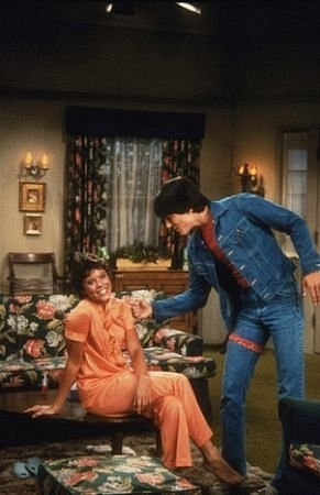 Joanie Cunnigham and Chachi Arcola - Happy Days & Joanie Loves Chachi