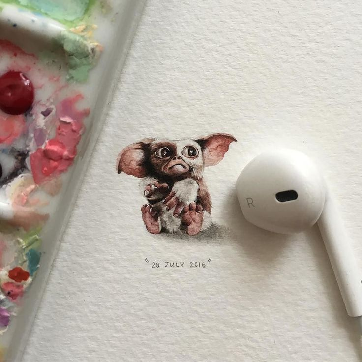 'Gizmo' impossibly miniature painting by Lorraine Loots @lorraineloots South Africa. 'Гизмо' невероятно миниатюрная живопись Лоррейн Лутс Южная Африка.  #иллюстрация #живопись #искусство #графика #акварель #арт #выставки #art #illustration #pencil #artsy #drawing #draw #contemporaryart #watercolor #sketchbook #graphic #exhibitions #timetoart