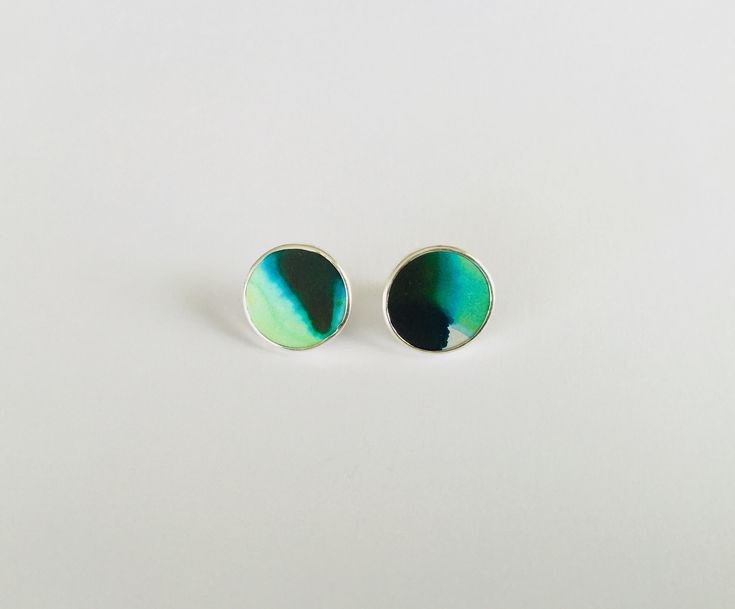 www.joannacampbell.co.nz anodised studs by Joanna Campbell